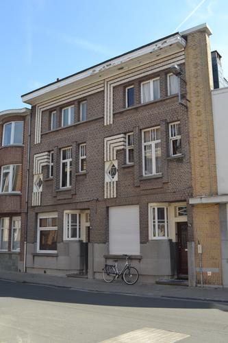 Sint-Niklaas Mgr. Stillemansstraat 74-76