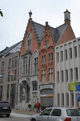 Sint-Niklaas Onze-Lieve-Vrouwstraat 32