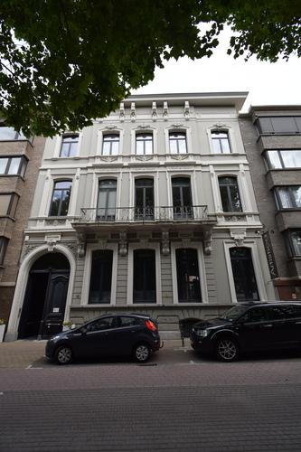 Sint-Niklaas Regentieplein 18