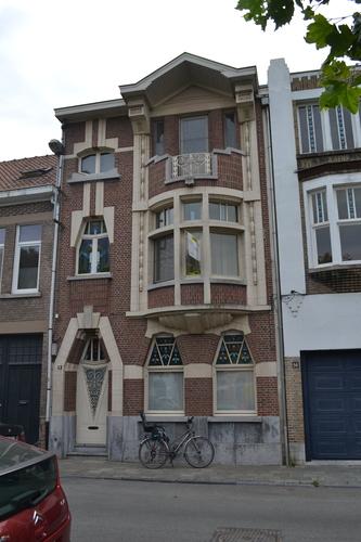 Sint-Niklaas Prins Leopoldplein 13