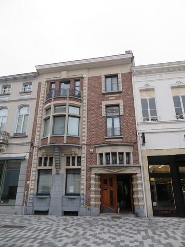 Sint-Niklaas Stationsstraat 23