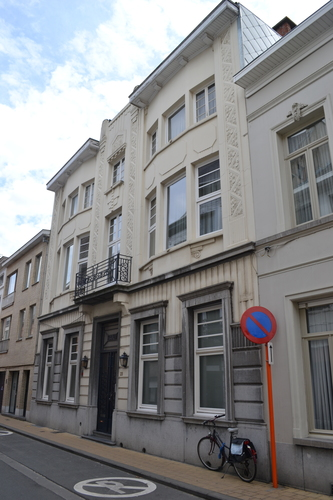 Sint-Niklaas Walburgstraat 23