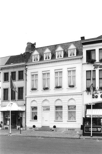 Oudenaarde Markt 57