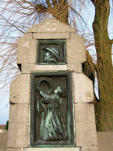 Gedenkzuil voor militaire en burgerlijke slachtoffers
