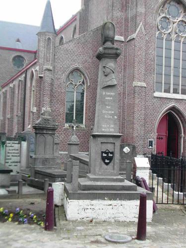Jabbeke Dorpsstraat 11A kerkhof gedenkteken