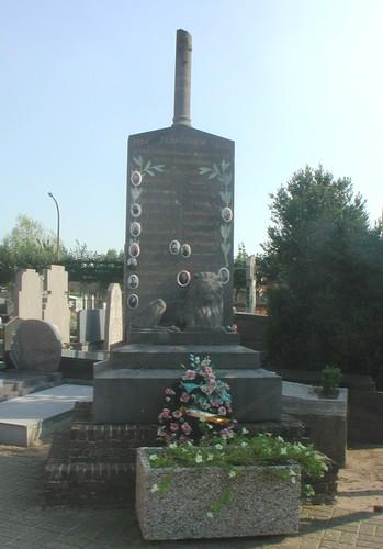 Jabbeke Vedastusstraat 69 kerkhof oorlogsmonument