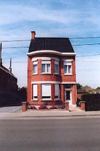 oostrozebeeksestraat 87