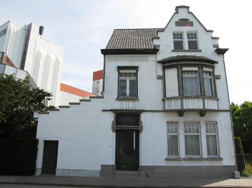 oostrozebeeksestraat 158