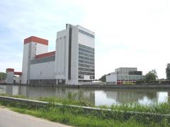 Fabrieksgebouwen van veevoederbedrijf Vanden Avenne